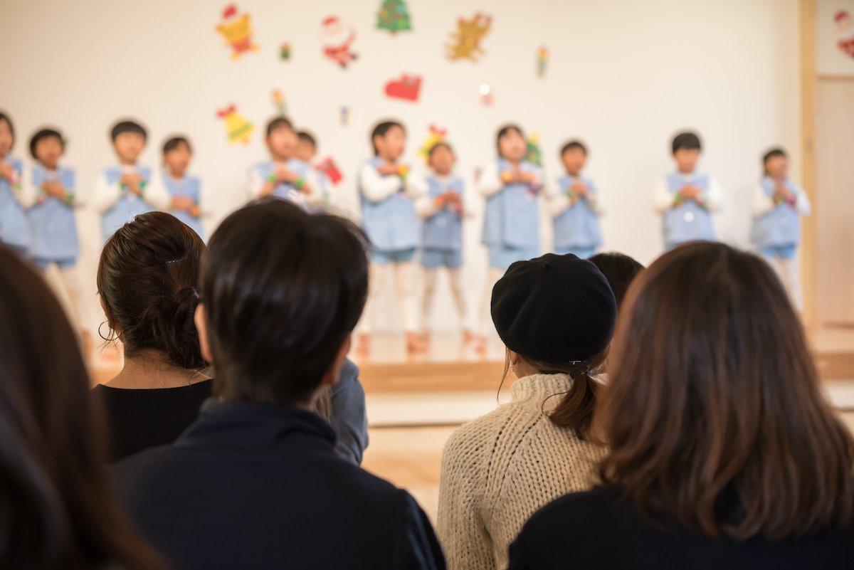 親の涙腺をグイグイと刺激…!幼稚園に入った我が子を見て「成長を感じた瞬間」