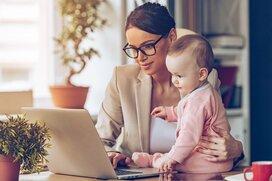 ワーママが働きにくい職場に戻る? 子育てしながら収入アップに挑戦する?