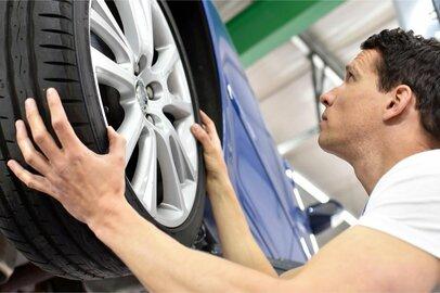 自動車組立工の給料はどのくらいか