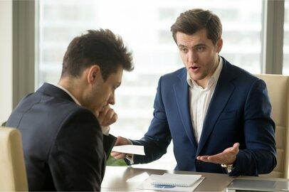 【自分VS上司】無茶振り、押し付け、無責任スルー…困った上司はどう対処する?