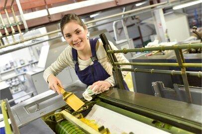 女性のオフセット印刷工の給料はどのくらいか