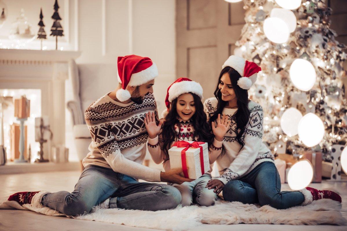 子どものクリスマスプレゼントは「フリマで買う」時代!?購入するときの3つの注意点
