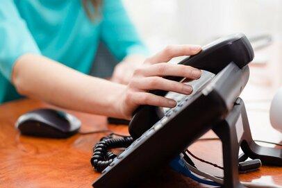 「電話を取る」ことで仕事を覚えた若手の頃。スマホ・SNS時代の新人教育は難しい!?