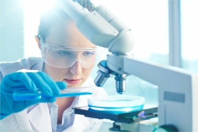 化学分析員の給料はどのくらいか