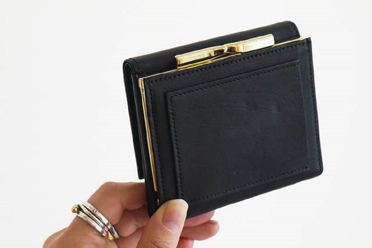 小さめバッグの日に◎ かさばらずスッキリ入るミニ財布7選