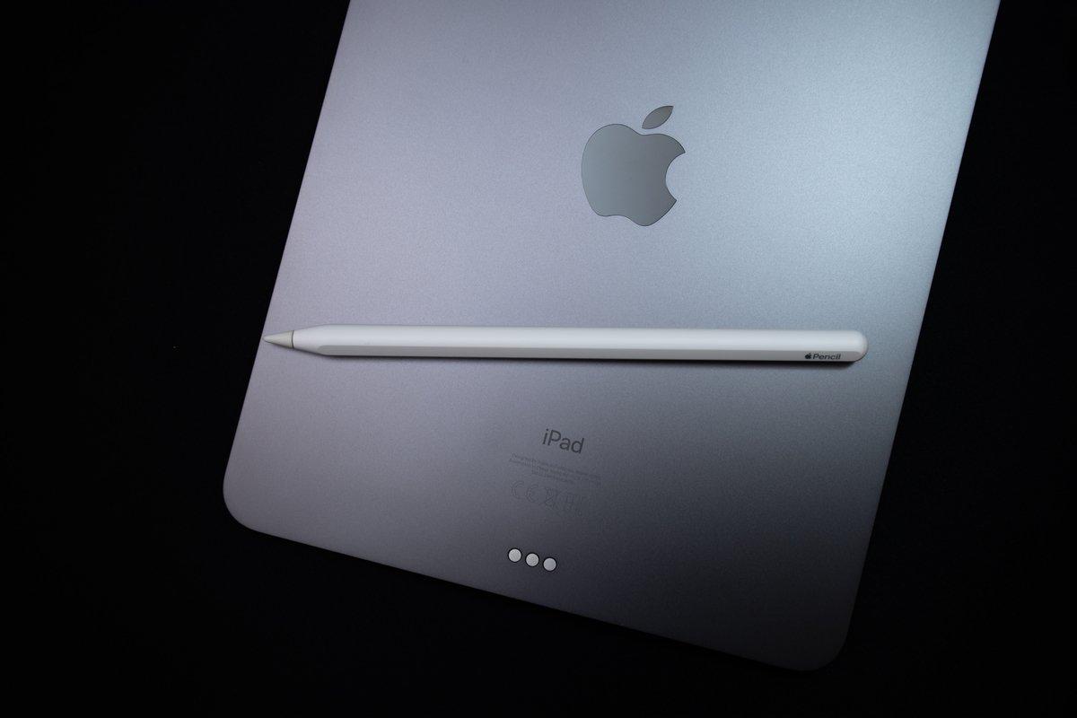 """まるで忍者?【アップル】Apple Pencilをなくしたと思ったら…""""隠れみの術""""で擬態した姿にツイッターで驚き"""