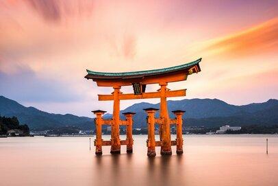 関東・関西の金運がアップする神社4選と貯まるお財布の扱い方