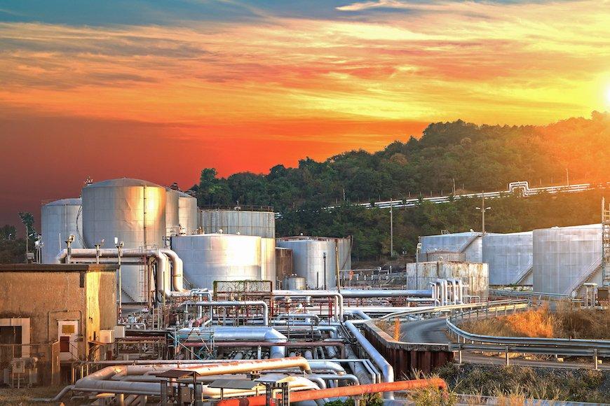 大手化学企業、強気の増産投資は大丈夫か?