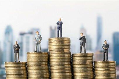 貯蓄の平均、負債の平均、世代によってどれだけ差がある?