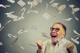 毎月10万円貯めていれば安心?60~70代の平均貯蓄額とは