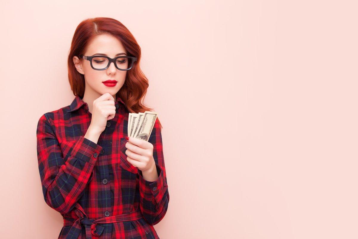 キャッシュレス決済で家計管理はラクになったけれど…「お金が貯まる人」は何に気をつけてる?