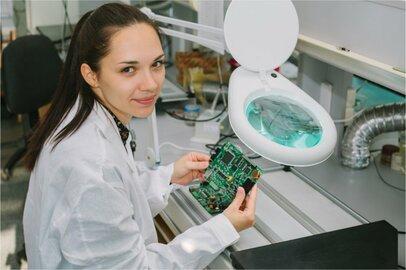 女性の機械組立工の給料はどのくらいか