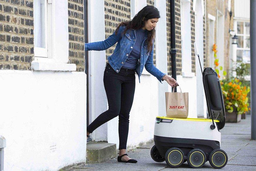 海外サービスロボット、日本勢を引き離す。実証や本格導入の事例で先行