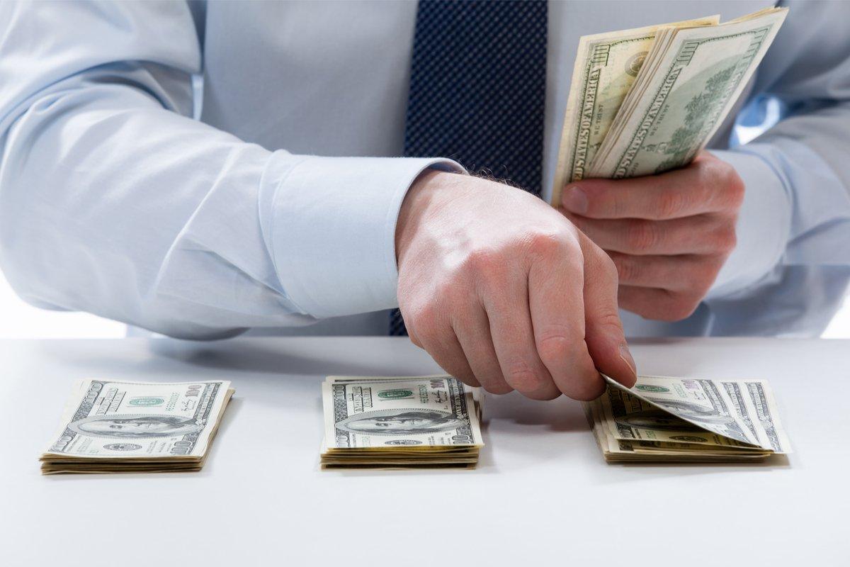元銀行員が指摘。貯まらず逃げる「お金にモテない人」3つの特徴