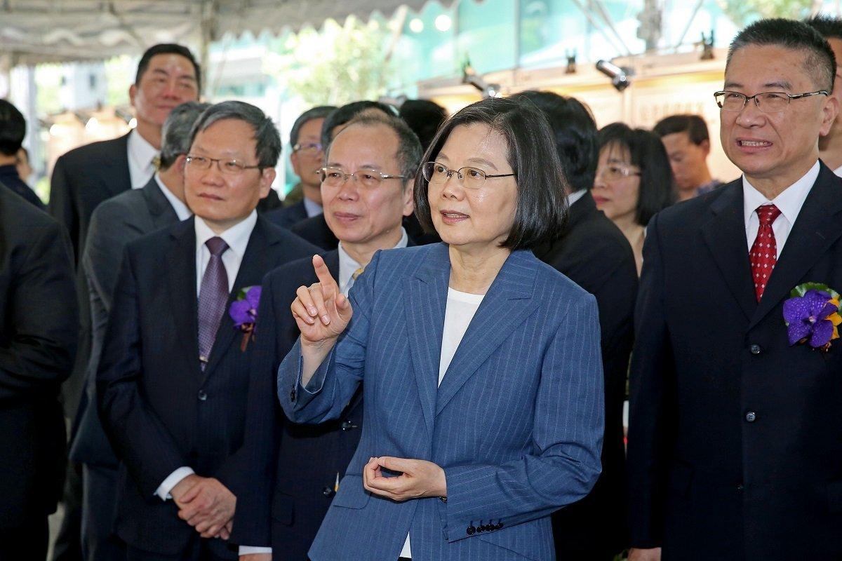 台湾総統の選挙戦が事実上スタート〜対中融和か対決か