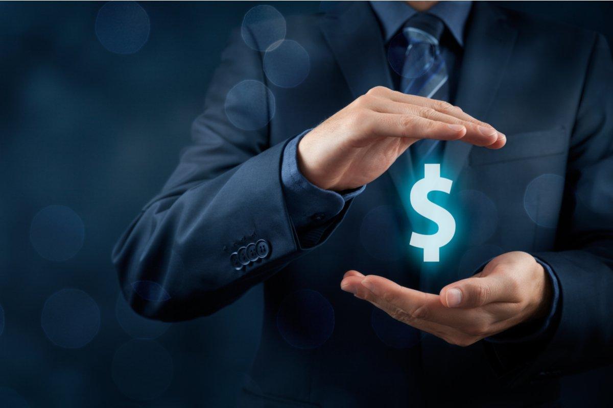 『半沢直樹』で注目!金融・保険業で働いてる人の平均給料って、どのくらいなの?