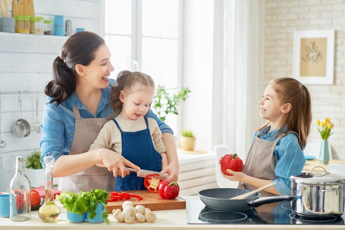 ママにはハードな夏休み、実は2学期からの家事育児をラクにするチャンス!?