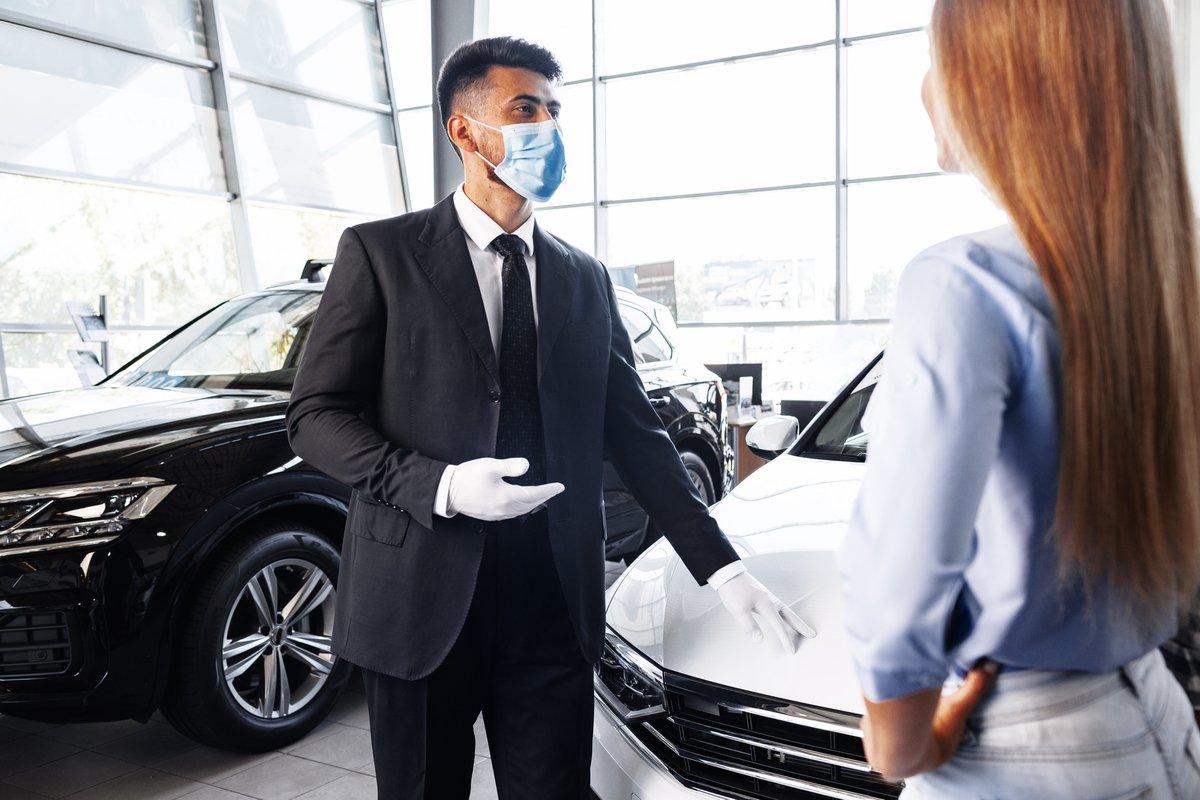 今年の決算期はスピード重視!「新車商談」をお得に進めるコツ