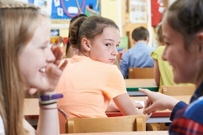 「小学生の多忙化」「自分の居場所がない」子どもの悩み…今、親にできること