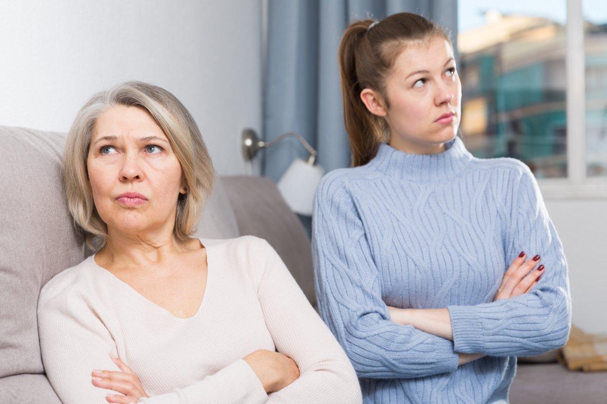 """義母と嫁の間に立ち込める""""違和感""""「助けてもらってるけどイライラする!」"""