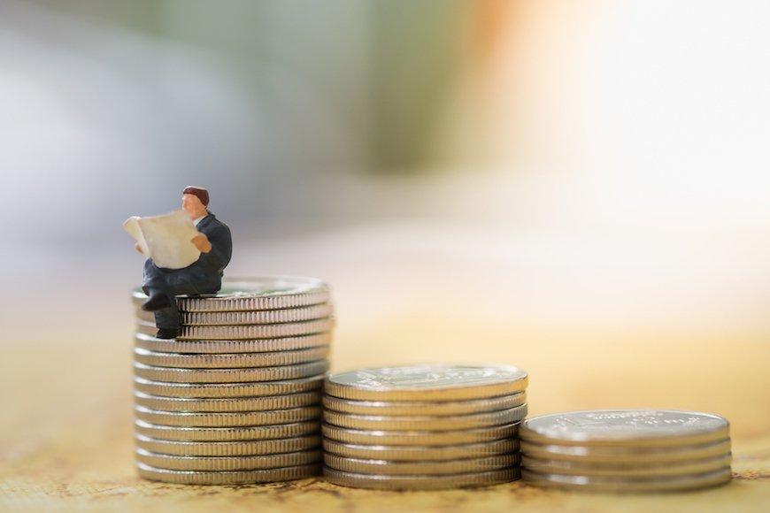 金融庁は金融機関に顧客本位を求めるより消費者教育を