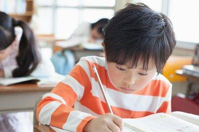収入減で習い事を続けさせられない!? 子どもの教育費にもコロナ禍の影響