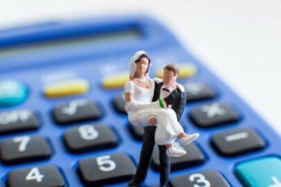 経済合理性で考えれば、結婚して子供を育てるのはバカげている