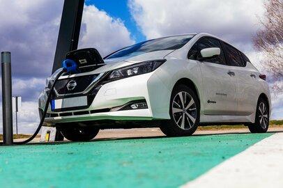 ガソリン高騰のいまこそ再確認!「エコカー」とはどんな車か