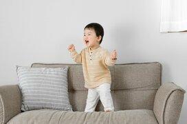 ガラガラヘビ、がじゃいも、パプリカ…子どもが大好きな歌はママたちの子育て思い出曲