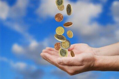 貯まる生活に切り替える! お金の使い方を変えるための4つのポイント