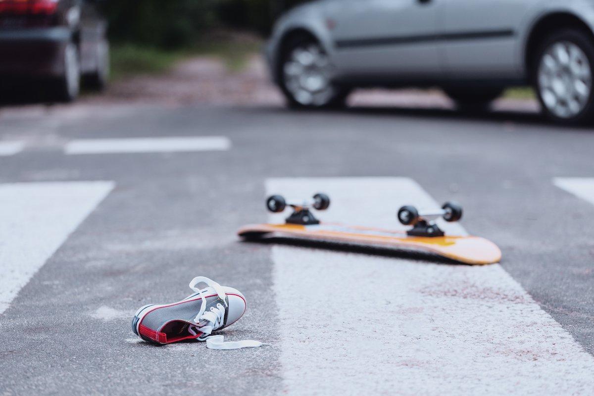 交通事故は下校中が最も多い?親として子どもにするべきこととは