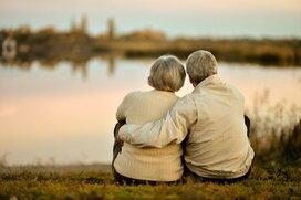 年金生活に不安を感じやすい女性とは?目標まであとどのくらい?
