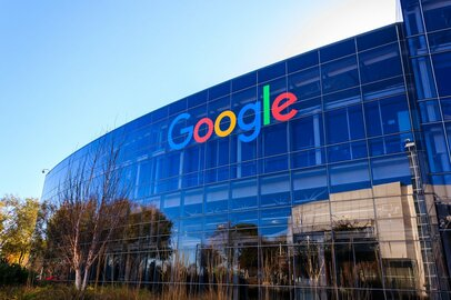 YouTubeの収入も公開したのに…Googleの業績に投資家ガッカリ?今後の展望とは