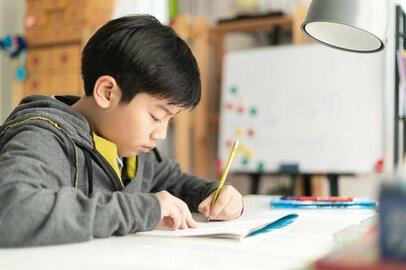 小学生の子を塾に通わせている理由は何? いまどきの塾事情とは