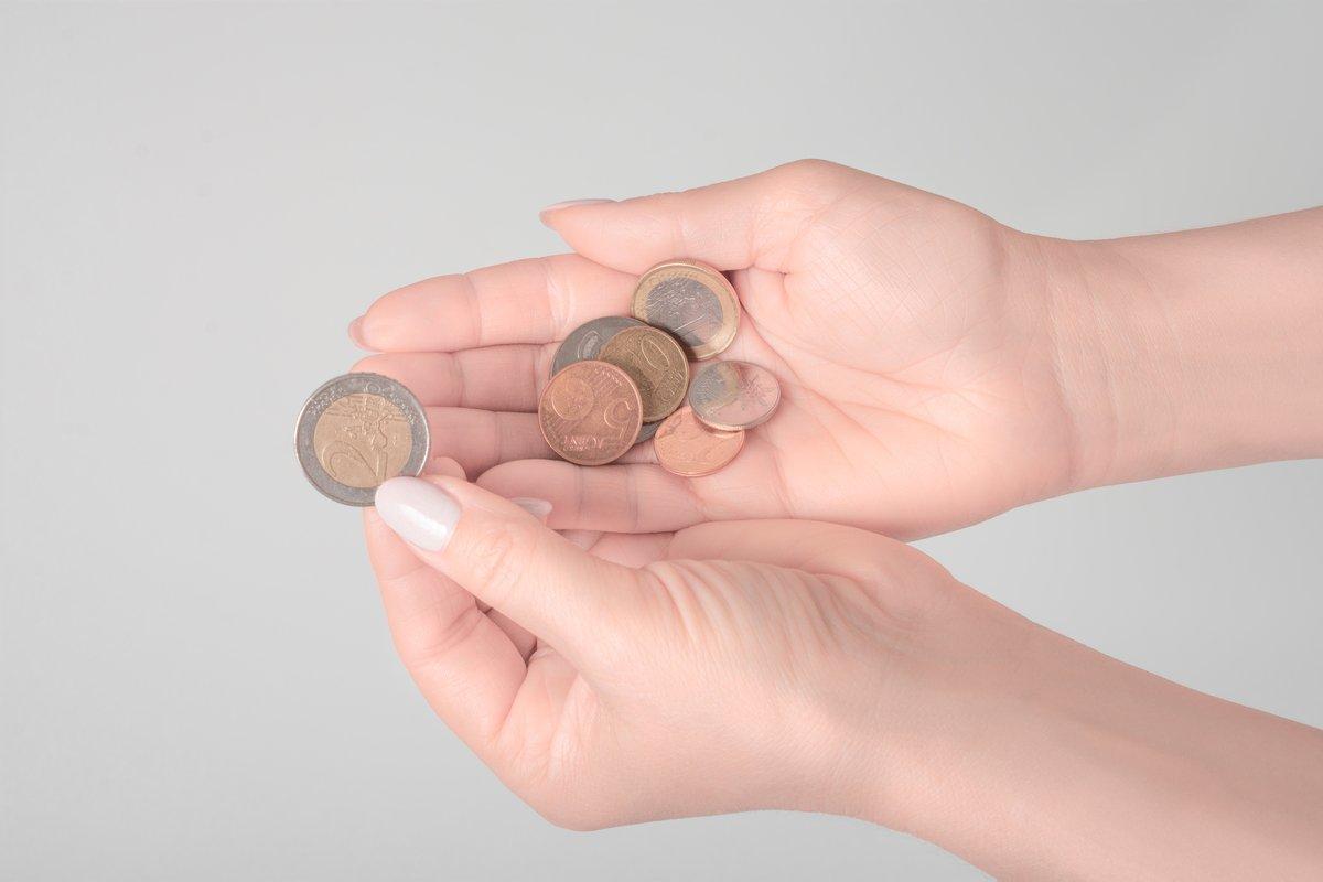 現金を触るのに抵抗感!? 広がるキャッシュレス決済でお金の使い過ぎを防ぐには?