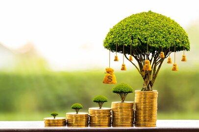 働く世帯「貯蓄平均1378万円」年収上がれば貯蓄も増える?