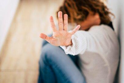 帰省でブルーになる理由とは?嫁ハラに悩む女性や地方出身の若者たちのリアルな声