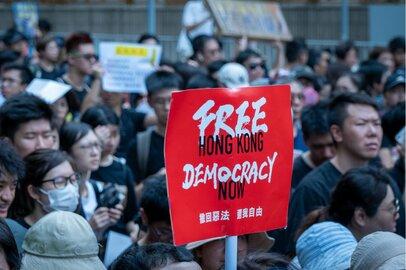結局、日本は「国際金融ハブ」になれない?中国に操られる香港の行く末