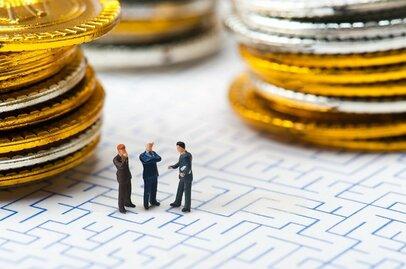 今話題の投資手法「ソーシャルレンディング」! メリットは何? デメリットやリスクは?