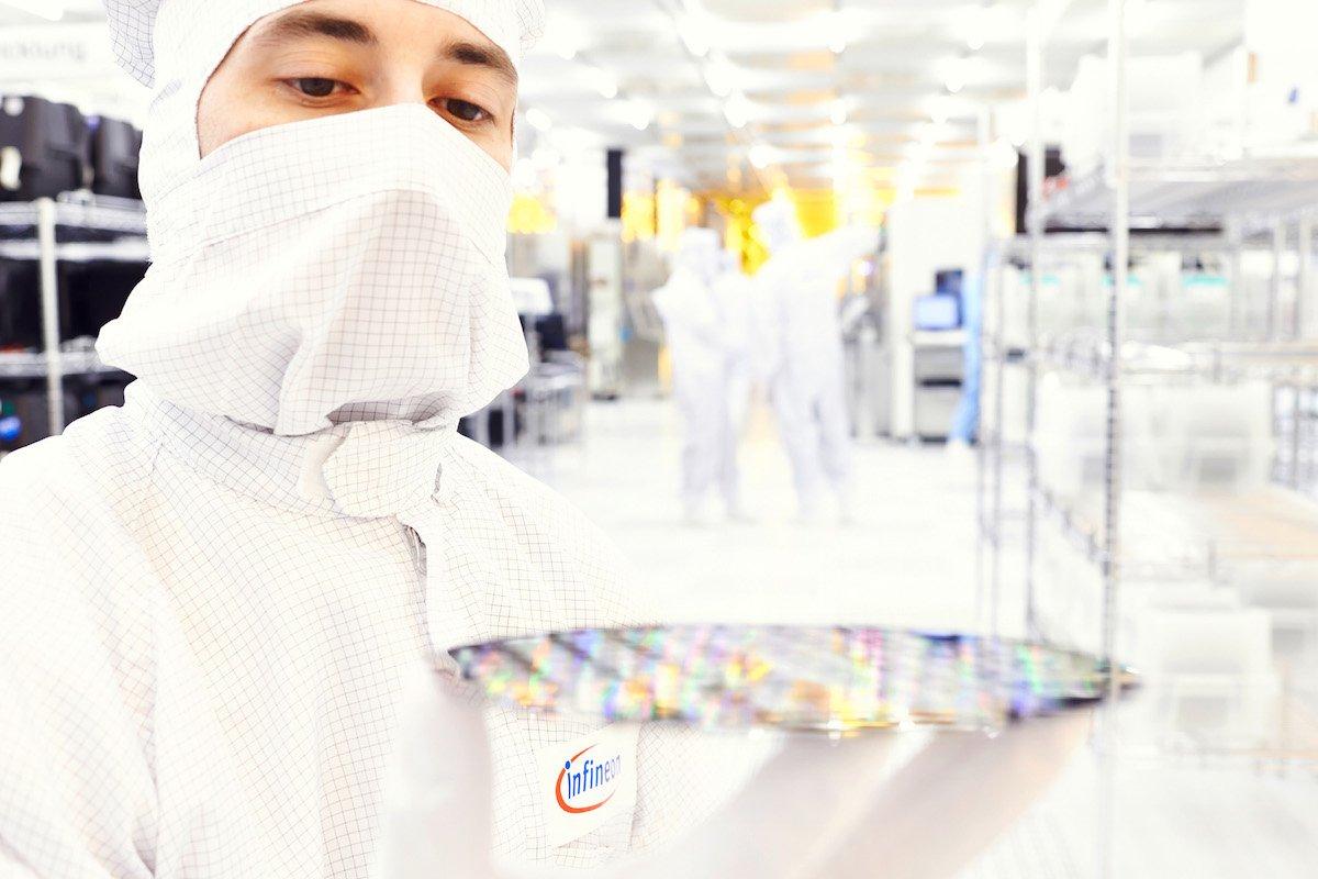 サイプレス買収の独インフィニオン、半導体業界でトップ10入り