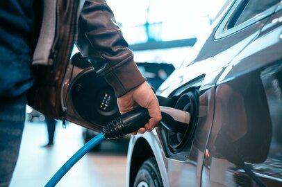 燃費が良い車は、本当に「お得」なのか