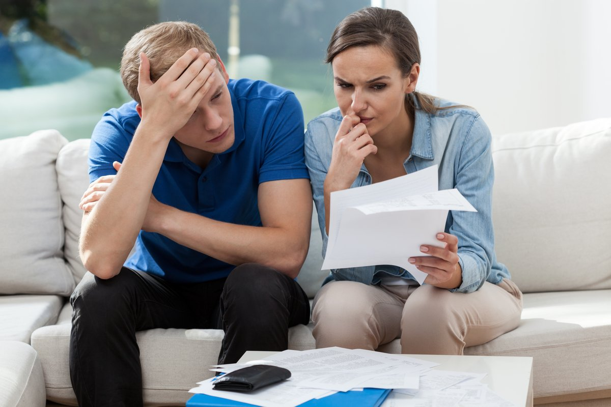 結婚前の貯蓄額300万円→結婚後マイナスに!結婚しても「貯蓄できる人」と「できない人」の差とは