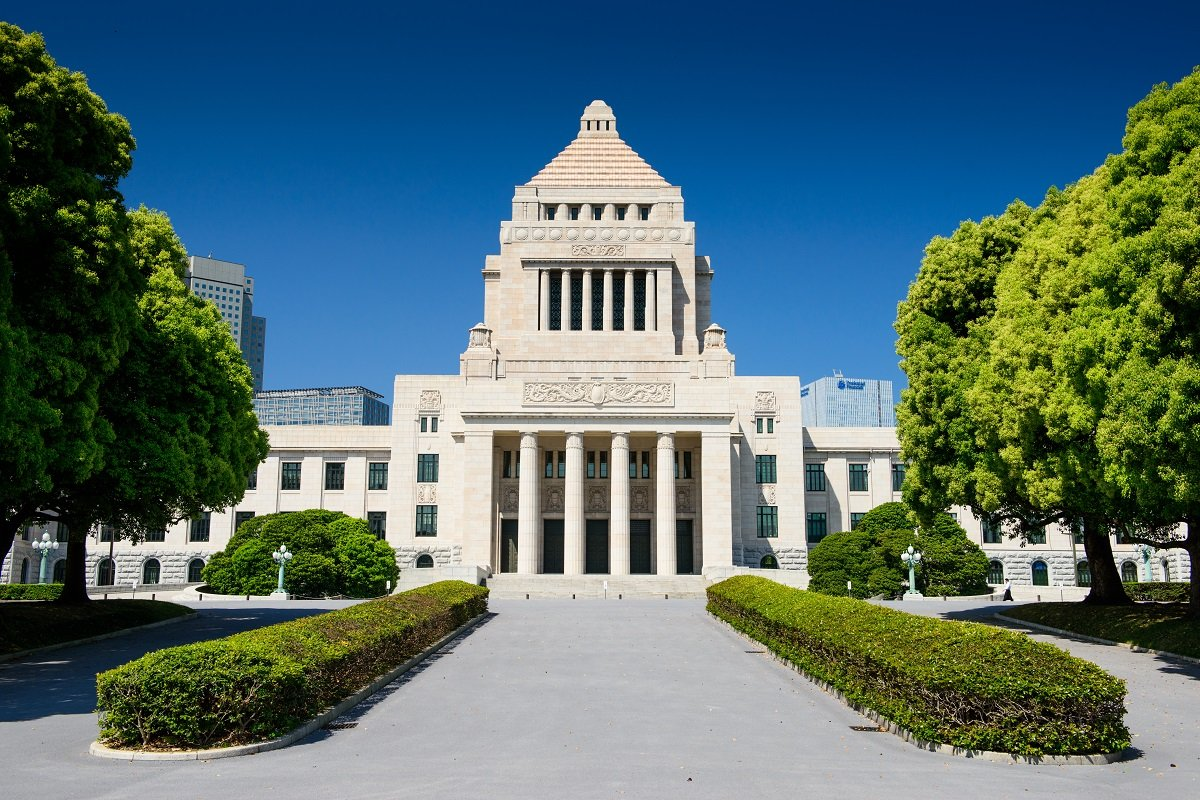 「財政破綻が不安」と言いながら日本国債を買う人がいる。その理由とは?