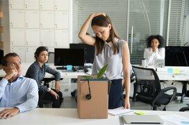 大企業でも3年以内で辞める新卒が多い!?辞めたくなったとき「5つの悩み別対処法」