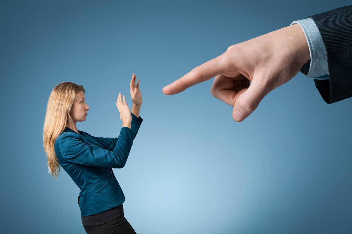 結婚・妊娠、病気、介護…すべて職場では迷惑行為?サポートする人のつらさを考える