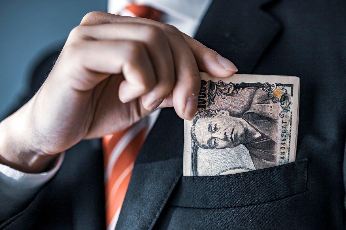 残業代が減って金欠に!? 働き方改革による収入減は副業でカバーできるのか
