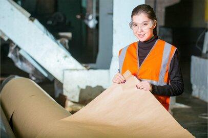 女性の製紙工の給料はどのくらいか