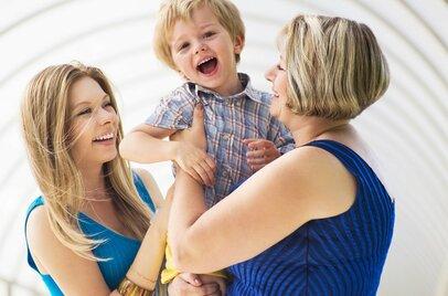 実母はうっとうしくもありがたい。子育てで感じる母と娘の関係性