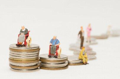 国や企業に頼れる時代は終わった…これからの老後格差は何で決まる?