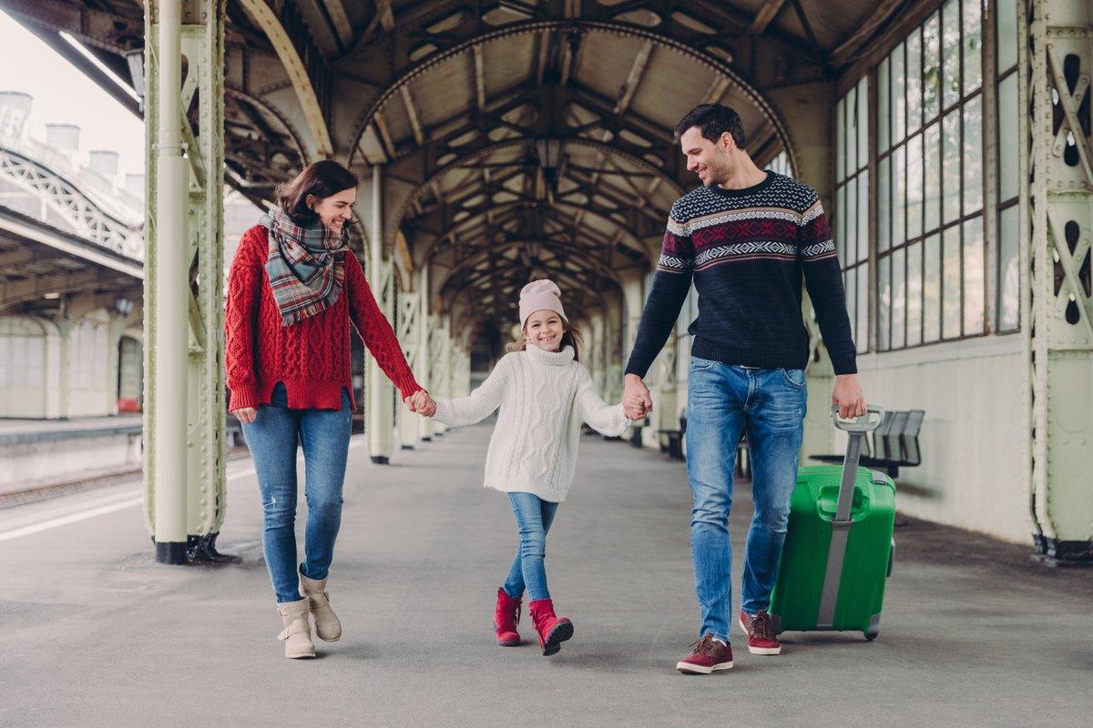 なぜ毎年海外旅行に行けるの お金に余裕がある人の3つの特徴 Limo